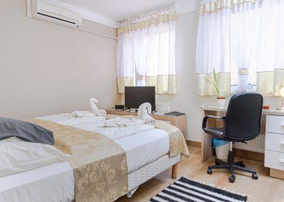 102. emeleti franciaágyas szoba, nem pótágyazható